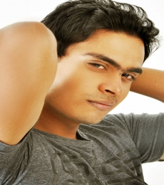 DEVARUN  CHAKRAVORTY Model