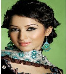 Neha Ahuja Model