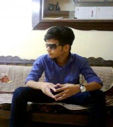 Zeenu Khan Model